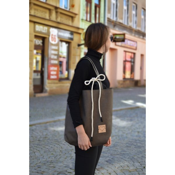 Foto - Kabelka Black is bag